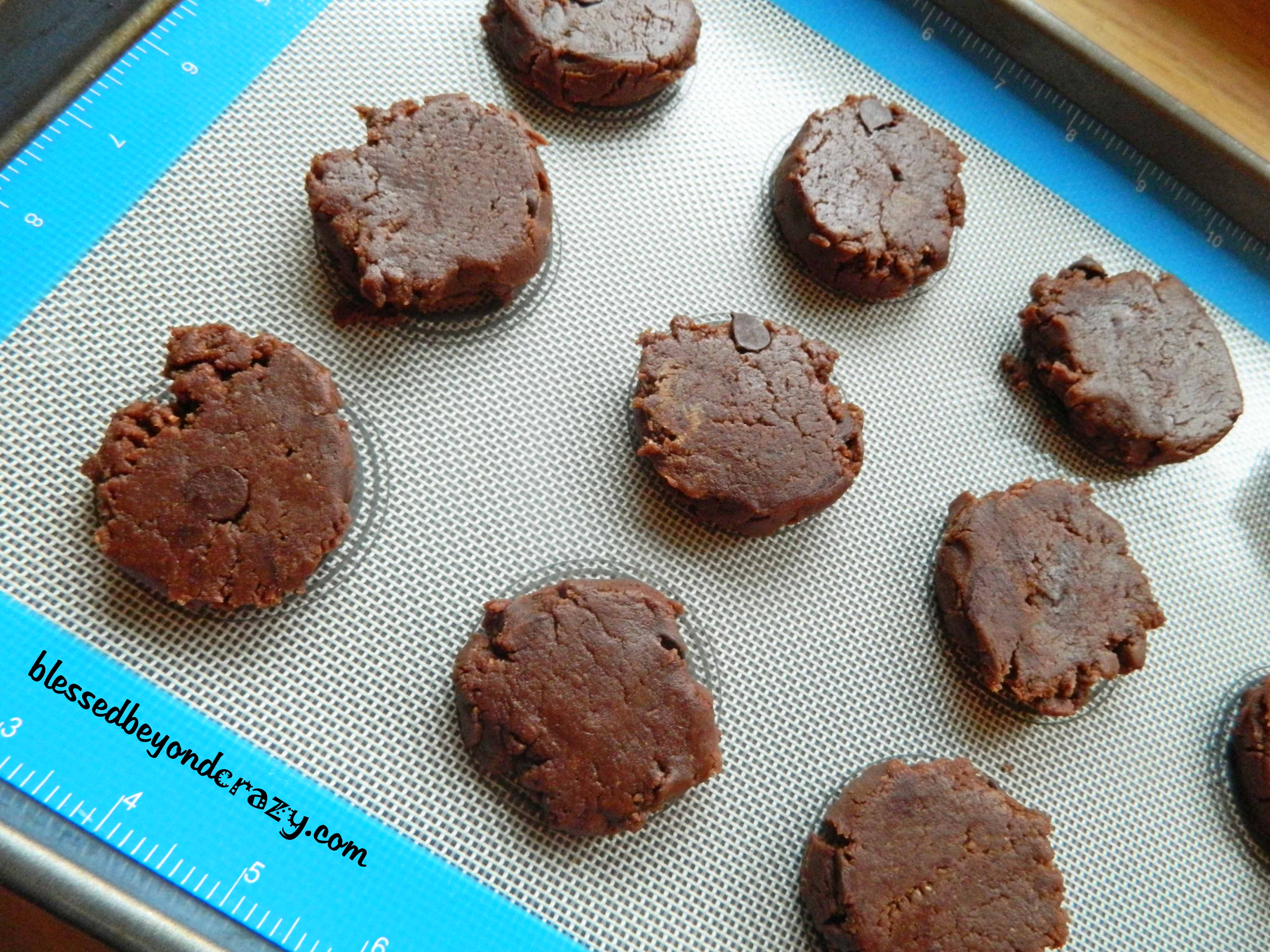 cookies and baking mat 4