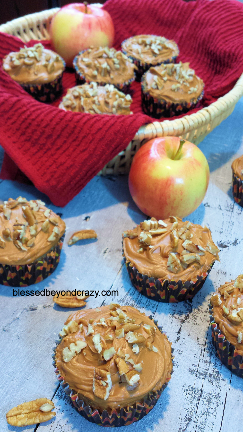 Spiced Applesauce pecan Cupcakes 6