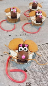 Christmas Mice Opening Pic