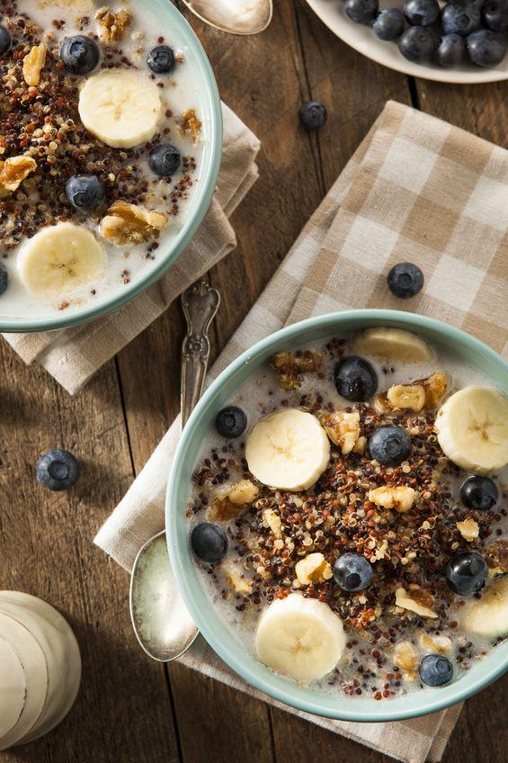Healthy Quinoa Breakfast Bowls
