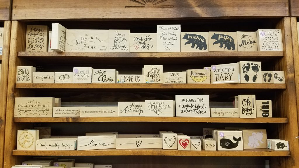 Various romantic DIY wedding stamps to choose from